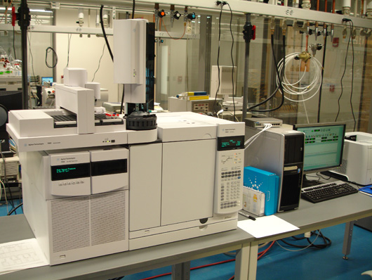 https://more102.files.wordpress.com/2013/05/c4b20-photo-4-an-agilent-7000-gc-triple-ms-with-an-agilent-7890a-gc-equipped-with-2-d-column-capability-4.jpg